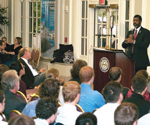 U.S. Nuclear Regulatory Commission (NRC) member and Pitt alumnus William D. Magwood IV (A&S '91) made a Sept. 30 visit to Pitt to discuss the recent reemergence of nuclear power as a global energy option and to encourage students to study science and engineering. One of the five NRC commissioners responsible for ensuring the safety of U.S. commercial nuclear power plants, Magwood addressed current and prospective Pitt nuclear engineering students during Pitt's Nuclear Engineering Night in the Lower Lounge of the William Pitt Union.