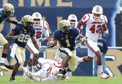 The Pitt Panthers won their Oct. 30 Homecoming game against the Louisville Cardinals, leaving the Panthers unbeaten in the Big East.