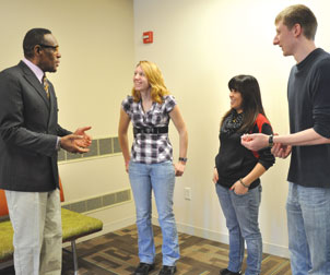 Chancellor Porter talks with students on the Penn State Greater Allegheny campus.